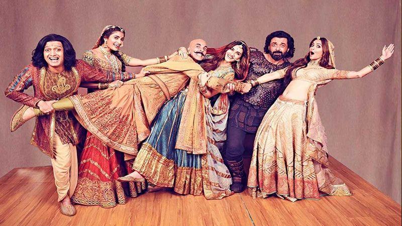 Housefull 4 Box-Office Collections Day 4: Akshay Kumar, Kriti Sanon, Riteish Deshmukh Starrer Enjoys A Steady Run