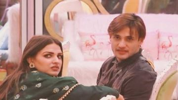 Bigg Boss 13: Asim Riaz Expresses Feelings For Himanshi Khurana; Turns Gentleman, Promises Not To Cross Line