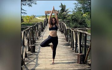 Sonalee Kulkarni Flaunts Her Perfected Yoga Mudras On The Social Handles