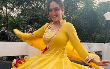 Its All About That Twirl With Amruta Khanvilkar With Her Love For Anarkalis