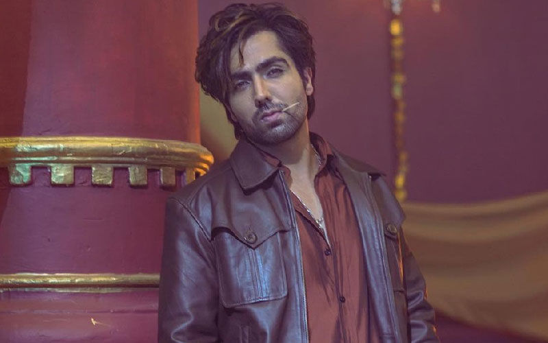 Titliaan: Harrdy Sandhu Shares BTS Video Of The Song