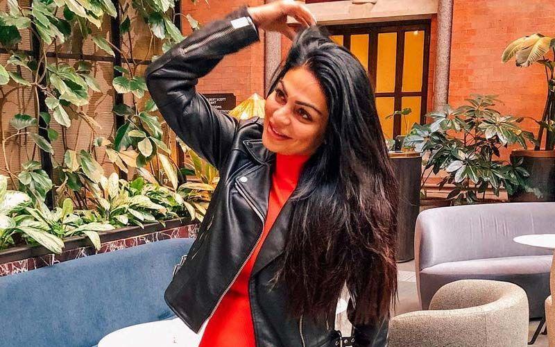 Paani Ch Madhaani: Neeru Bajwa Shares Look From Her Upcoming Film