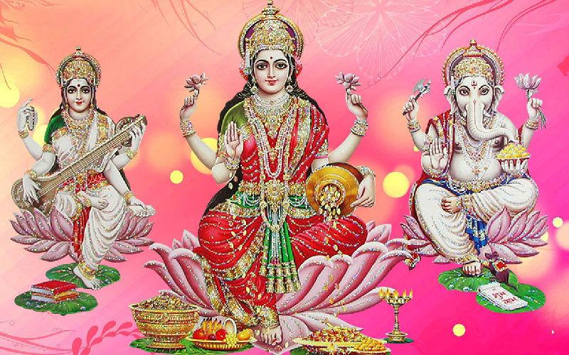 Lakshmi Pooja 2020: Muhurat, PoojaVidhi, Mantra - All You Need To Know