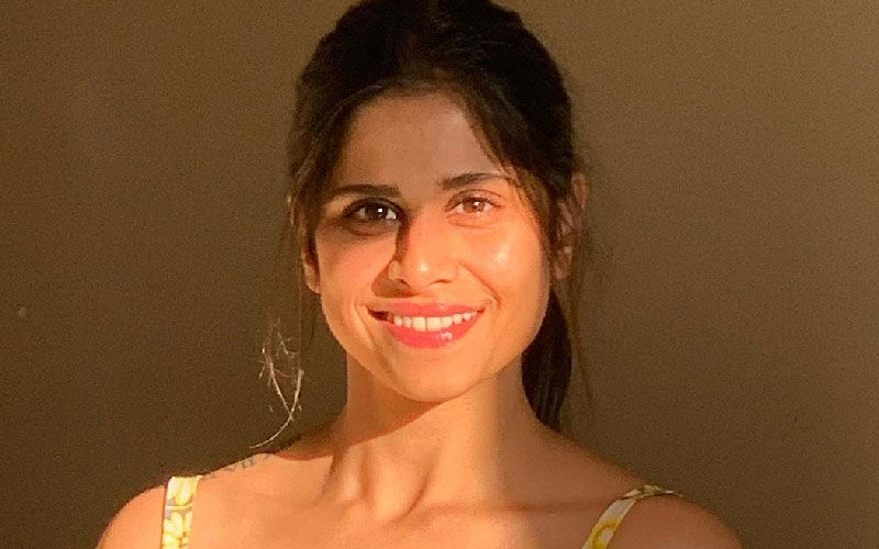Sai Tamhankar Breaks The Couture Stereotypes With Her Gorgeous Saree Look