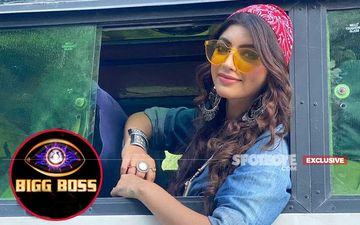 Bigg Boss 14: Akanksha Puri NOT Entering As Wild Card Contestant, Actress Turns Down The Offer- EXCLUSIVE