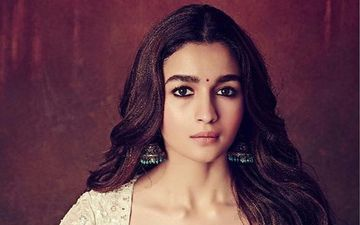 Alia Bhatt's Gorgeous Ethnic Looks Are To Die For; Check Them Out Here