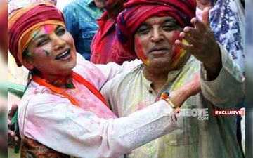 NO HOLI CELEBRATION This Year At Javed Akhtar-Shabana Azmi's Abode, Here's Why- EXCLUSIVE