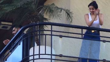 Janta Curfew: Lovebirds Arjun Kapoor And Malaika Arora Clap Hands From Actress's Home Balcony But Maintain Distance
