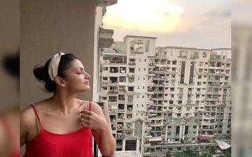 Actress Tanusree Chakraborty Enjoys Sunrise During Quarantine Days