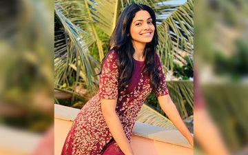 Pooja Sawant Finds Company In Thriller Novels Look What She Is Reading Now!