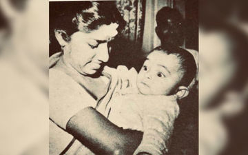 Lata Mangeshkar Tweets Her Picture Holding Baby Rishi Kapoor Write A Teary-Eyed Eulogy