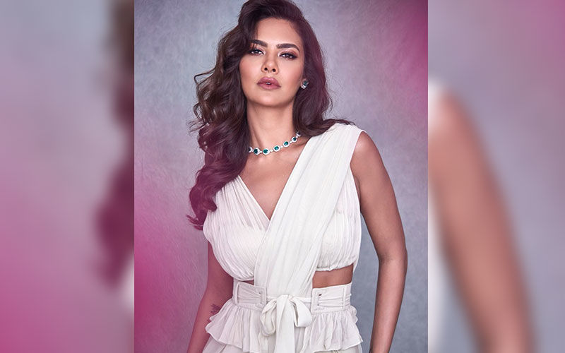 Esha Gupta Shares Yoga Poses That Helps In Relieving Menstrual Cramps