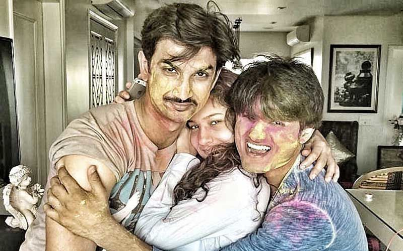 Sushant Singh Rajput's Friend Sandip Ssingh Writes An Emotional Letter And Shares A Pic With SSR And Ankita Lokhande
