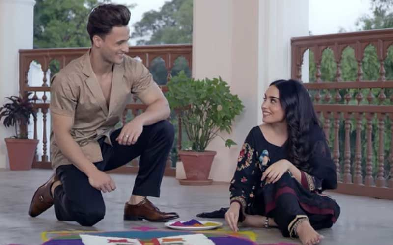 Teri Gali Song OUT: Asim Riaz And Barbie Maan's Music Video Will Make You Want To Fall In Love; Their Chemistry Is Lit AF- WATCH