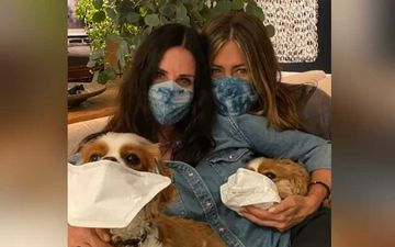 FRIENDS Star Courteney Cox Meets BFF Jennifer Aniston; Shares Hilarious Video With Her Dogs Encouraging People To Wear Masks-WATCH
