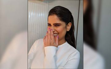 Sai Tamhankar Blushes When Called 'Snow White', Shares An Adorable Candid With Fans