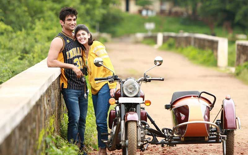 Sushant Singh Rajput's Dil Bechara Co-Star Sanjana Sanghi Describes Her First Meeting With Him; 'We Both Nerds Had Read The Script To Last Word'
