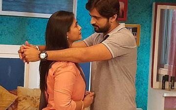 He Mann Baware: The On-screen Couple Shashank Ketkar And Mrunal Dusanis 'Siddharth-Anushree' Celebrate 1 Year Anniversary