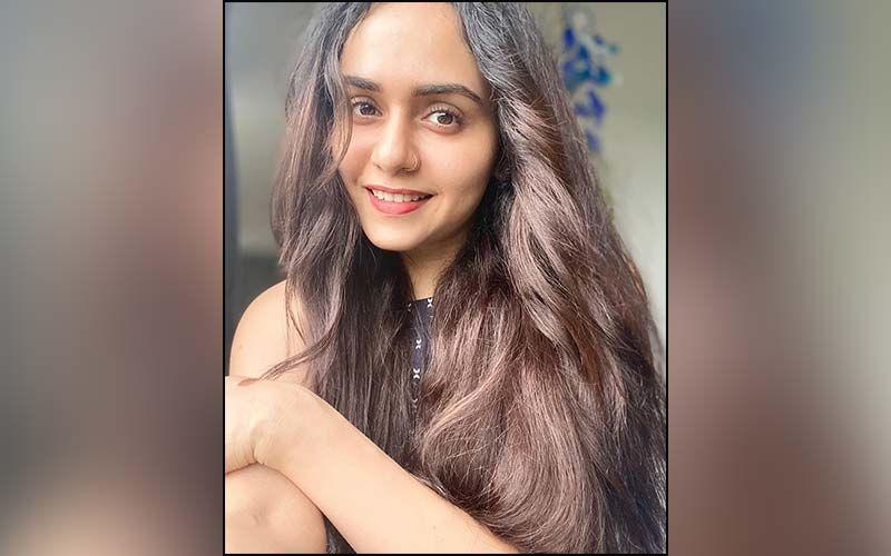 Amruta Khanvilkar's Glamorous New Reel Will Steal Your Hearts