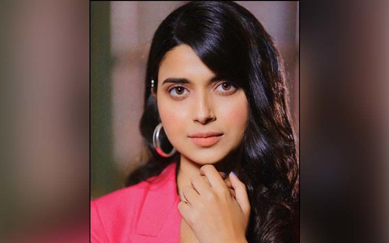 Nimrat Khaira's Next Song Busy Busy Released