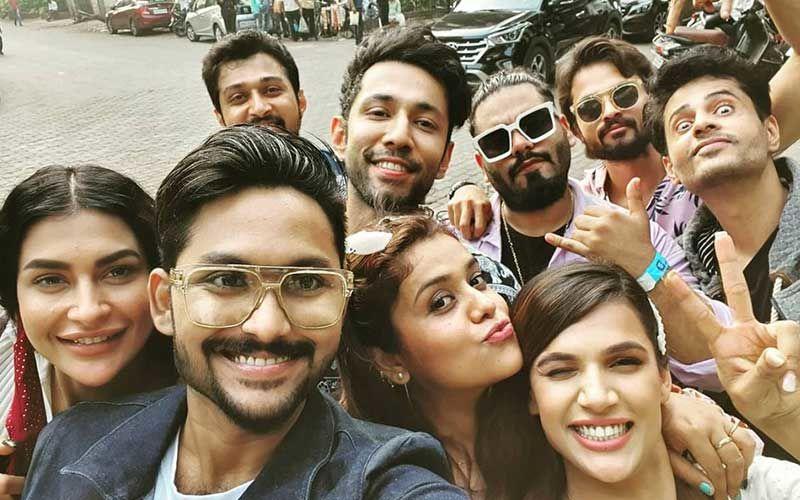Bigg Boss 14 Reunion Party: Jaan Kumar Sanu, Pavitra Punia, Shardul Pandit, And Naina Singh Reunite; Singer Shares Pic Of The Vibe Tribe