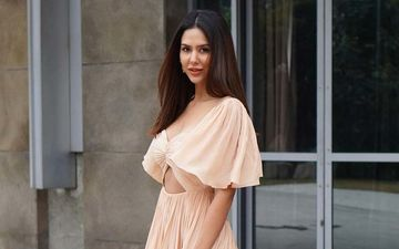 Sonam Bajwa Notches Up Her Style Game In A Pastel Outfit; Shares A Pic On Insta