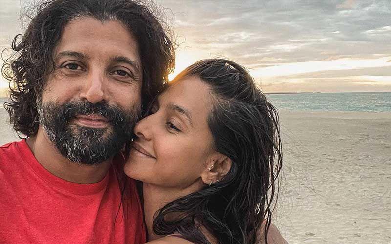 Farhan Akhtar-Shibani Dandekar Celebrate Three Years Of Togetherness By Sharing Romantic Pics; Priyanka Chopra Jonas, Hrithik Roshan And Others Shower Love