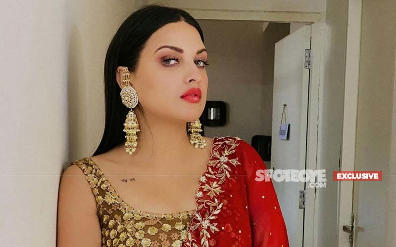 Himanshi Khurana On The Struggles She Faces As A Celebrity: 'It's Not Easy To Look Perfect All The Time'- EXCLUSIVE VIDEO