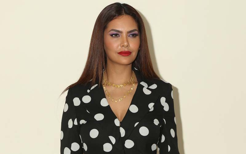 Esha Gupta Shares Her Secret Behind Long Lustrous Tresses: Use This Easy-To-Make Hair Mask