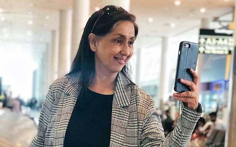 Neena Kulkarni Celebrates The Filmfare For Best Short Film For Devi