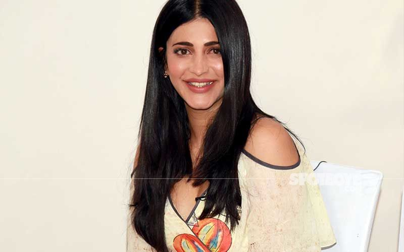 Shruti Haasan Shares A Fierce Video Practising With Her Boxing Coach; WATCH It Now For Tuesday #Fitspiration
