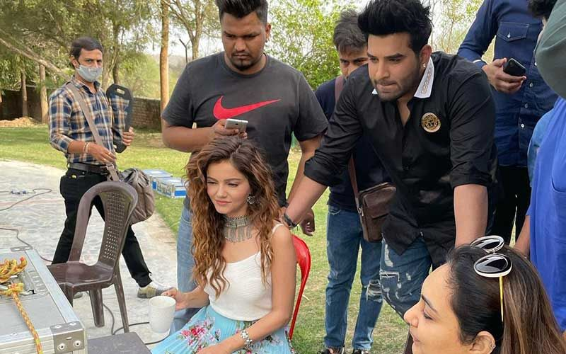 Bigg Boss 14 Winner Rubina Dilaik Drops BTS Pic From The Sets Of Her New Music Video With Paras Chhabra; Says 'Happy To Be Back'