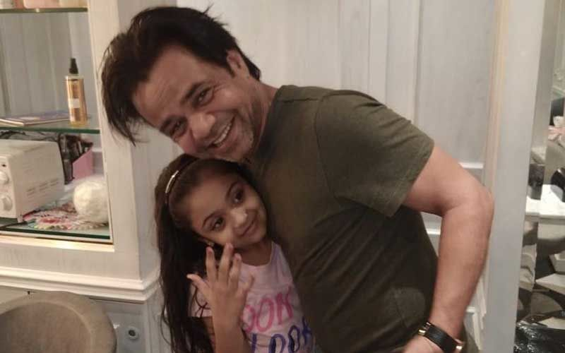 Rajpal Yadav's Daughter Solves Three Rubik Cubes In Seconds, At Age 7; Actor Is Awestruck By His 'Little Genius' -WATCH Video
