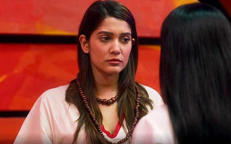 Hello Mini 3: Did You Know Anuja Joshi Attended A Healing Session In Real To Nail Her Character In The Psychological Thriller?