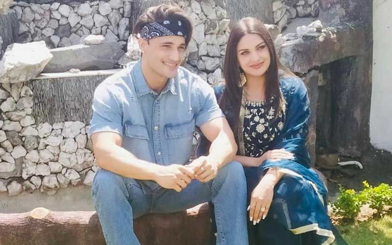 Bigg Boss 13's Asim Riaz And Himanshi Khurana Treat Fans With New Blissful Photos As They Celebrate Eid Together; Netizen Comments 'Sasural Mein Ho Matlab Aap'