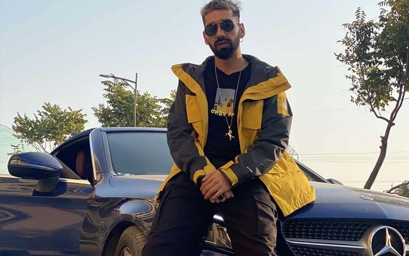 K3: Maninder Buttar's New Song 'Kaali Kaali Kurti' Hits The Music Chart And We Just Love The Groovy Music