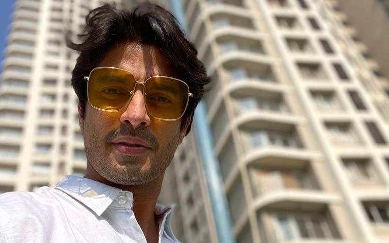 Gashmeer Mahajani's On-Screen Injury Scares His Two Year Old Kid Behind The Sets