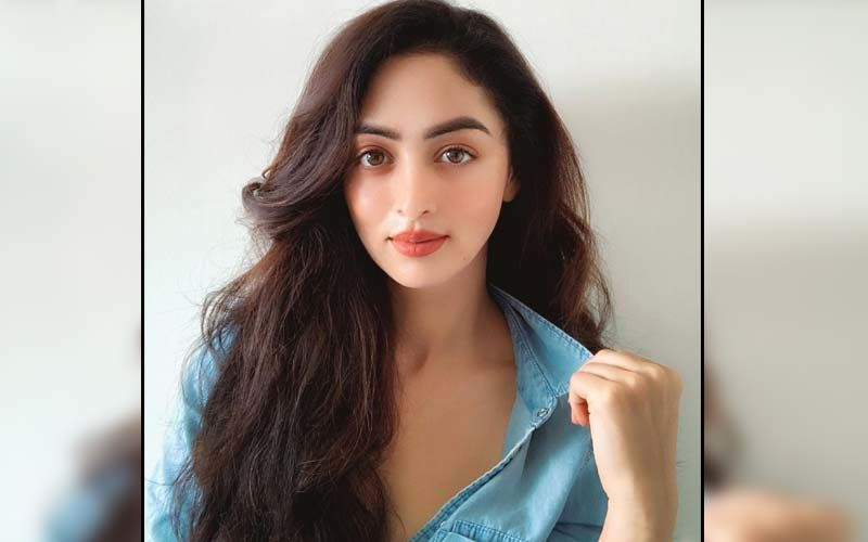 Ja Re Ja, O Harjai: Sandeepa Dhar Pays An Ode  To Yesteryear Actress Reena Roy; Learns Belly Dancing For A Remixed Version