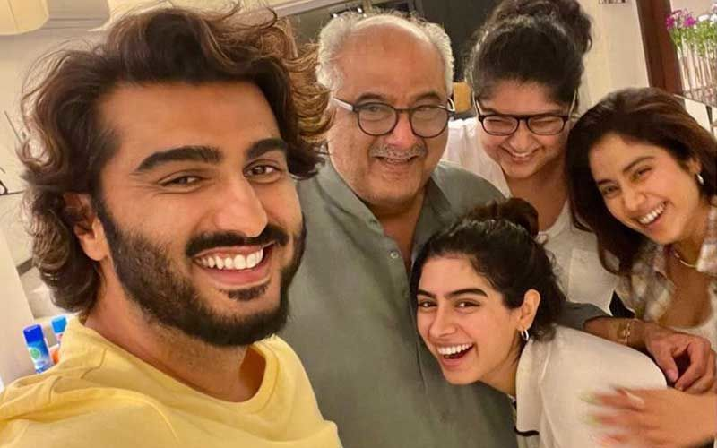 Janhvi Kapoor, Khushi Kapoor Get Together With Anshula And Arjun Kapoor To Celebrate Father's Day 2021; Boney Kapoor Is Delirious With Joy - Inside PIC