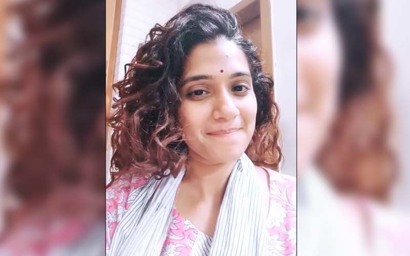 Six: This Is How Urmila Kothare Dresses For Noor, Her Web Series Character