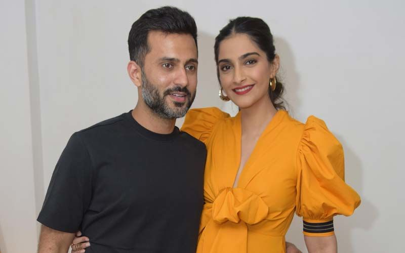 """Happy Birthday Sonam Kapoor: When Mrs Ahuja Said, """"If You Look A Certain Way Or Wear Nice Clothes, People Underestimate You"""""""