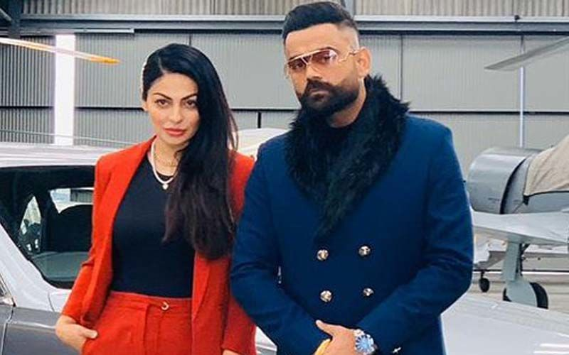All Bamb: Neeru Bajwa Shares A BTS Video From The Sets Of Amrit Maan's Latest Song; Catch It Here