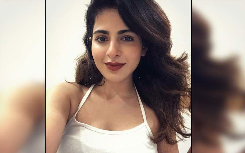 Iswarya Menon Flaunts Her Midriff On Social Media Wearing A Crop Top