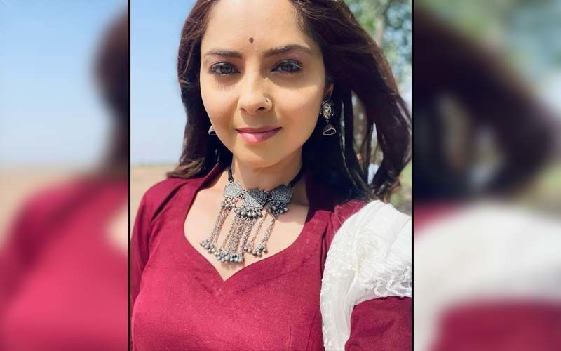 Sonalee Kulkarni Wraps The Shoot Of Her Mystery Project, Actress Teases Fans With A Hint About Her Character