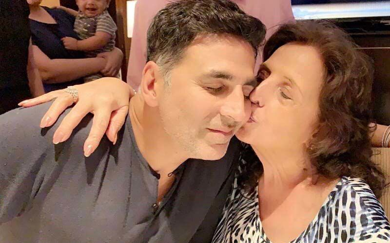 Happy Birthday Akshay Kumar: Actor Believes His Mother, Who Passed Away A Day Prior, Is Wishing Him 'From Up There'; Says, 'Life Goes On'