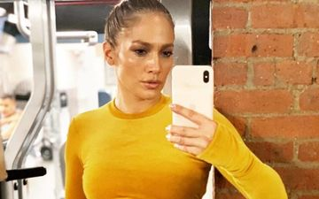 Jennifer Lopez's 'Sweaty SoLful Sunday' Picture Is Perfect To Motivate You To Hit The Gym