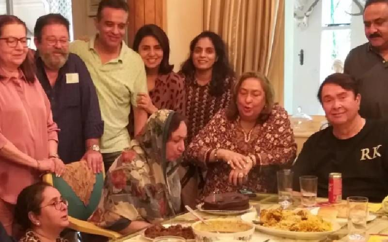 Neetu Kapoor, Babita And Randhir Kapoor Get Together For Family Lunch At Shammi Kapoor's Wife Neila's Home; See PHOTOS