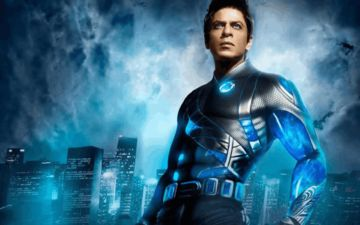 Fan Suggests Shah Rukh Khan To Burn CDs Of His Film RaOne On Dussehra, 'Kitna Jale Pe Namak Chidkoge' Replies Superstar