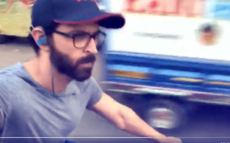 Hrithik Roshan Gets Trolled  For Taking A Selfie Video While  Riding A Bicycle On Mumbai Roads