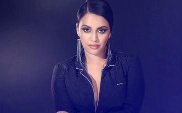 "After Being Trolled Again, Swara Calls VDW Masturbation Scene ""Empowering"""